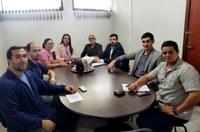 Reunião na sala de comissões trata de Adicional de Insalubridade